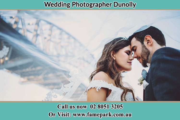 Close up photo of the Bride and the Groom under the bridge Dunolly NSW 2330