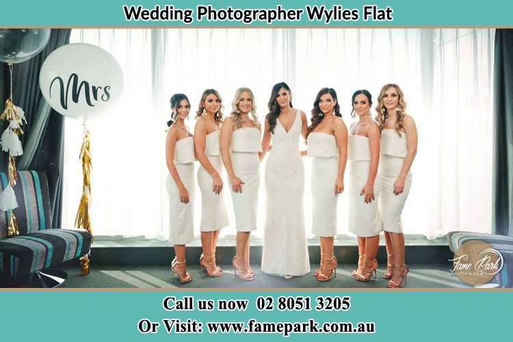 Photo of the Bride and the bridesmaids Wylies Flat NSW 2330